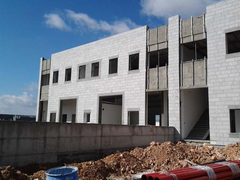 מבנה תעשיה בבניה קונוונציונלית